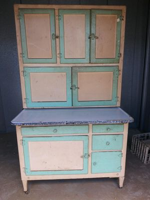 Antique Hoosier cabinet for Sale in Palmdale, CA
