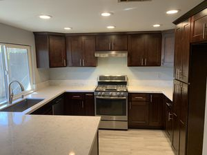 Kitchen cabinets & counter tops for Sale in Fontana, CA