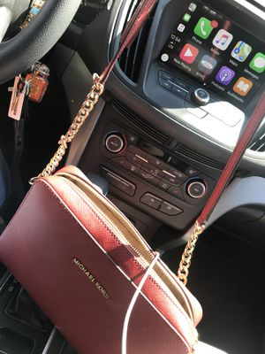 Michael Kors purse (red) for Sale in Lincoln Park, MI