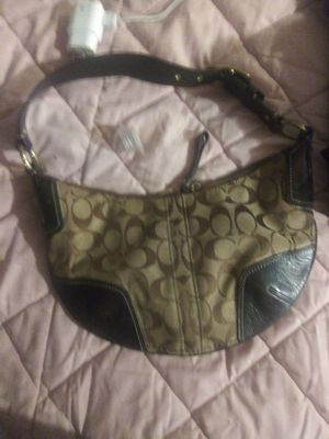 Real coach purse for Sale in Mooresville, IN