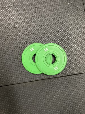 Bumper plates set of 2 that are 2.5 pounds each gym equipment for Sale in Miami Gardens, FL