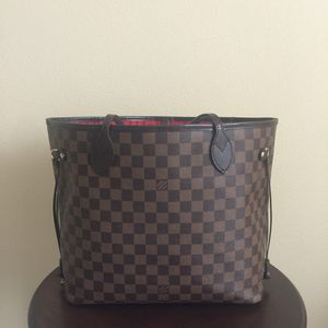 Louis Vuitton Neverfull MM Bag for Sale in Portland, OR