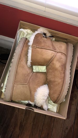 Ugg Boots for Sale in Detroit, MI
