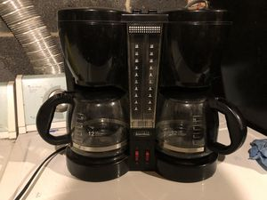 Double coffee maker for Sale in Temple Hills, MD