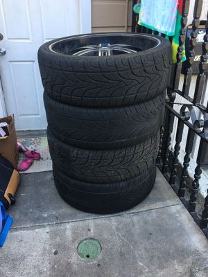 Tire with rim size 295/30/26 for Sale in San Francisco, CA