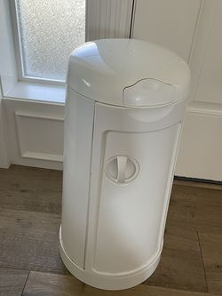 Diaper Garbage Holder for Sale in Clackamas,  OR