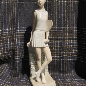 """Lladro Tennis Player Girl, Glazed Finish, Height Approx 10-12"""" for Sale in Crystal Lake, IL"""