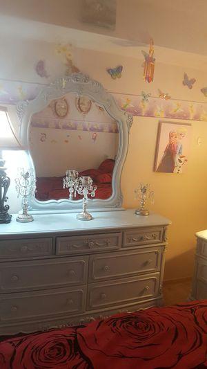 Bedroom set for Sale in Shoreline, WA