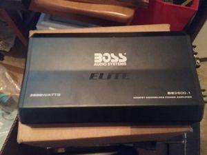 Boss elite car amplifier 2500 for Sale in Renton, WA