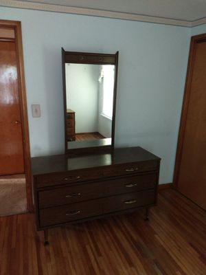 Mid century dresser for Sale in US