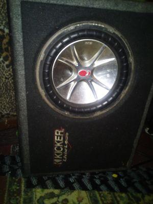 Kicker speaker box for Sale in Baldwin Park, CA