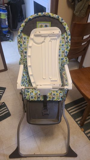 free high chair for Sale in Everett, WA