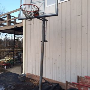 Driveway Basketball Hoop for Sale in North Barrington, IL