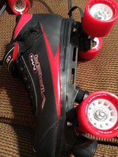 SKATES BRAND NEW for Sale in San Antonio, TX