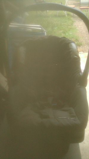 Infant car seat for Sale in Pottsboro, TX