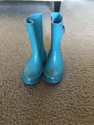 Size 9 but can fit 10 as well rain boots for Sale in El Cajon, CA