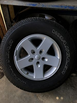 Wheels with Tires for Jeep JK +07 for Sale in Chula Vista, CA