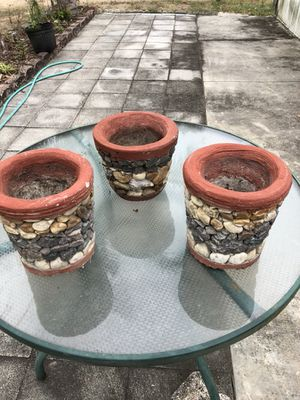 Flower pots for $60 for Sale in Haines City, FL