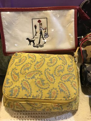 Variety of Makeup cosmetic Bags, see pictures for Sale in Santa Maria, CA
