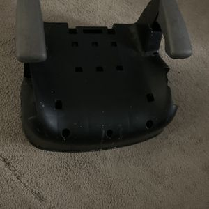 Bottom Booster Seat for Sale in Clovis, CA