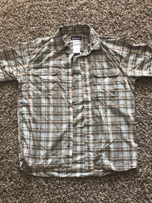 Patagonia Short sleeve shirt - Medium for Sale in Austin, TX