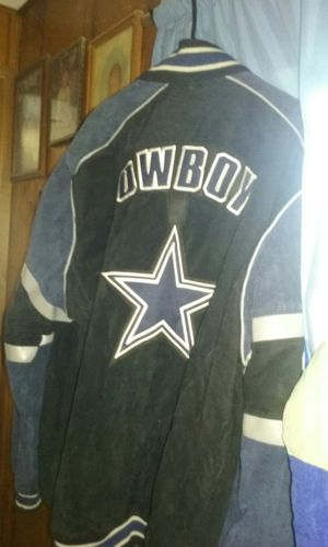Leather Dallas cowboys coat for Sale in Cardington, OH