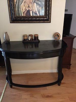 Beautiful antique entryway table 48Wx30Hx17D for Sale in Schiller Park, IL