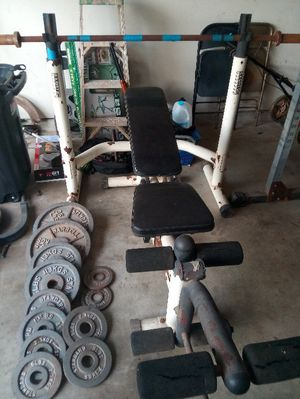 Olympic weight bench and weight set pick up only for Sale in Houston, TX