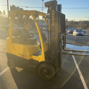 2017 Hyster S50 Forklift With 6700 Hrs On It LIKE NEW for Sale in Federal Way, WA