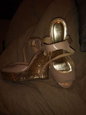 Shoes size 7 for Sale in West Palm Beach, FL