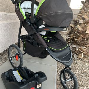 Graco Jogging Stroller w/ Car Seat And Base for Sale in Maricopa, AZ