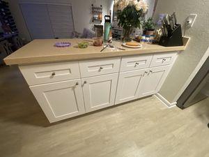 18 Silver Kitchen Cabinet Knobs for Sale in Pinecrest, FL