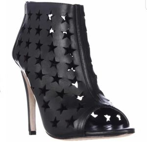 Alice and Olivia by Stacey Bendet Boots 8 for Sale in Atlanta, GA