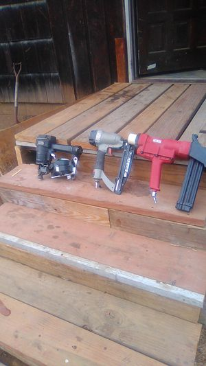 Miscellaneous nail guns and hardwood floor kicker works great for Sale in Vancouver, WA