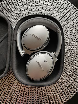 Bose QC35 series 2 headphones for Sale in Denver, CO