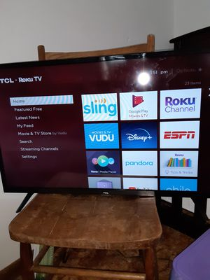 Roku 32 inch tv for Sale in Camp Hill, PA