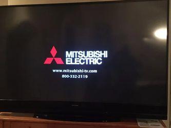 """82"""" MITSUBISHI DIAMOND TV for Sale in North Highlands,  CA"""