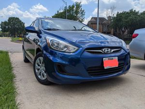 Hyundai Accent SE Hatchback for Sale in Katy, TX