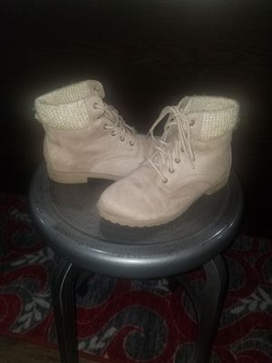 Girls Boots *Basically Brand New* for Sale in Louisburg, NC