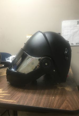 BILT motorcycle helmet Great condition for Sale in Lilburn, GA