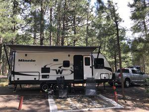 Winnebago Minnie Travel Trailer 2019 for Sale in Peoria, AZ