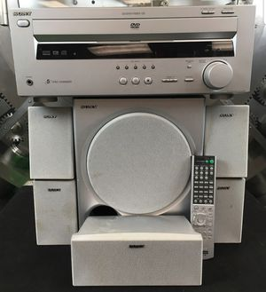 Sony AVD-K800P 5-Disc CD/DVD Stereo/6-Channel Surround Receiver in excellent condition with 600 watts ... Powerful/flexible Audio Systeme.. Silver... for Sale in Laveen Village, AZ