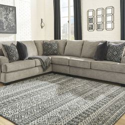 NEW, LARGE L SHAPPED, LAF SOFA SECTIONAL WITH CORNER WEDGE for Sale in Santa Ana,  CA