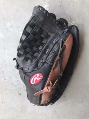 Rawlings Baseball Glove for Sale in Temecula, CA