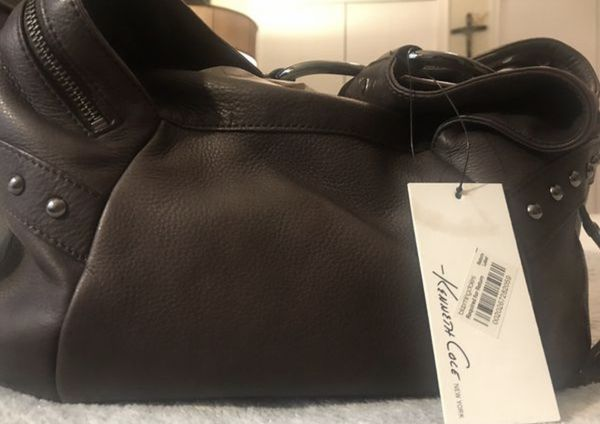 Kenneth Cole New York hobo espresso leather bag. Never used. Great as a Christmas Present !