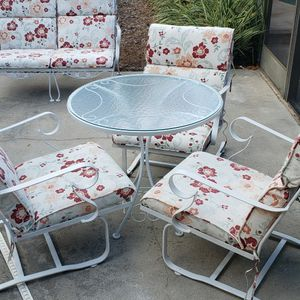 WROUGHT IRON PATIO SET + LOVESEAT for Sale in Maitland, FL