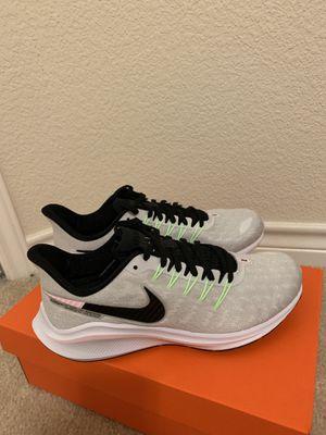 Nike Running Sneakers 8US NEW WOMEN for Sale in Arlington, TX