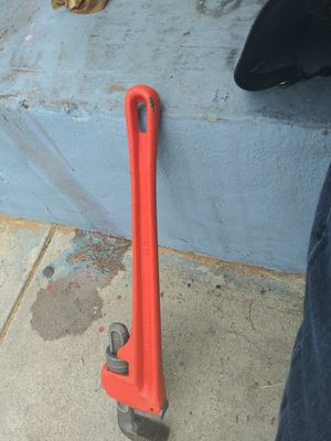 """Pittsburgh pipe wrenche 24"""" for Sale in Los Angeles, CA"""