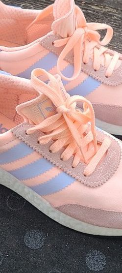 Adidas I-5923 shoes for women sz 7.5 for Sale in College Park,  GA