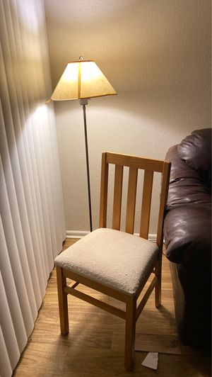 Chair and lamp for Sale in Tucson, AZ